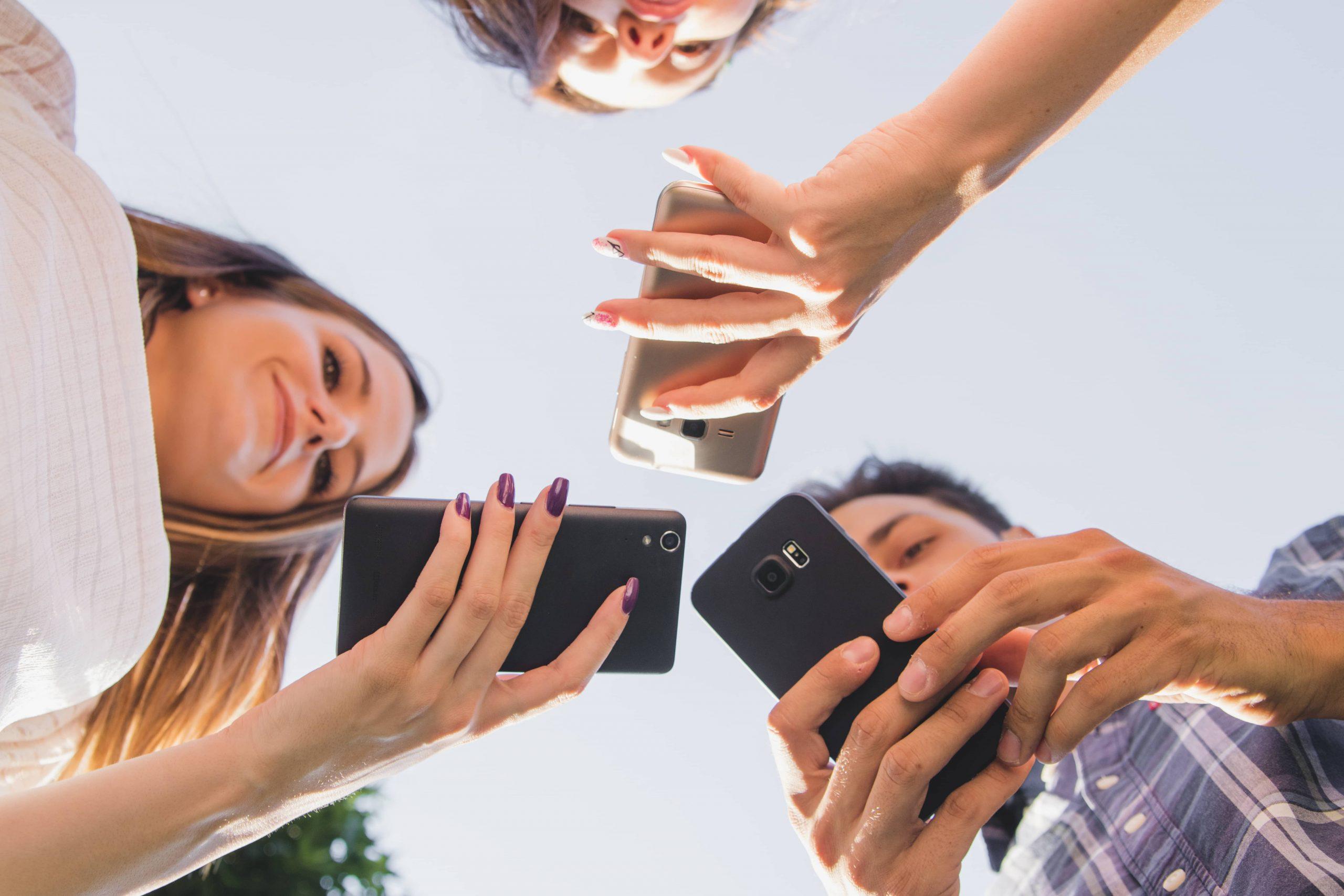 Como afectan las Redes Sociales a los adolescentes